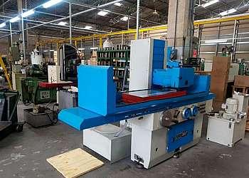 Empresa de ferramentaria de moldes plásticos