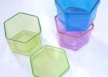 Peças de plásticos injetados