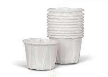 Potinhos de plastico com tampa